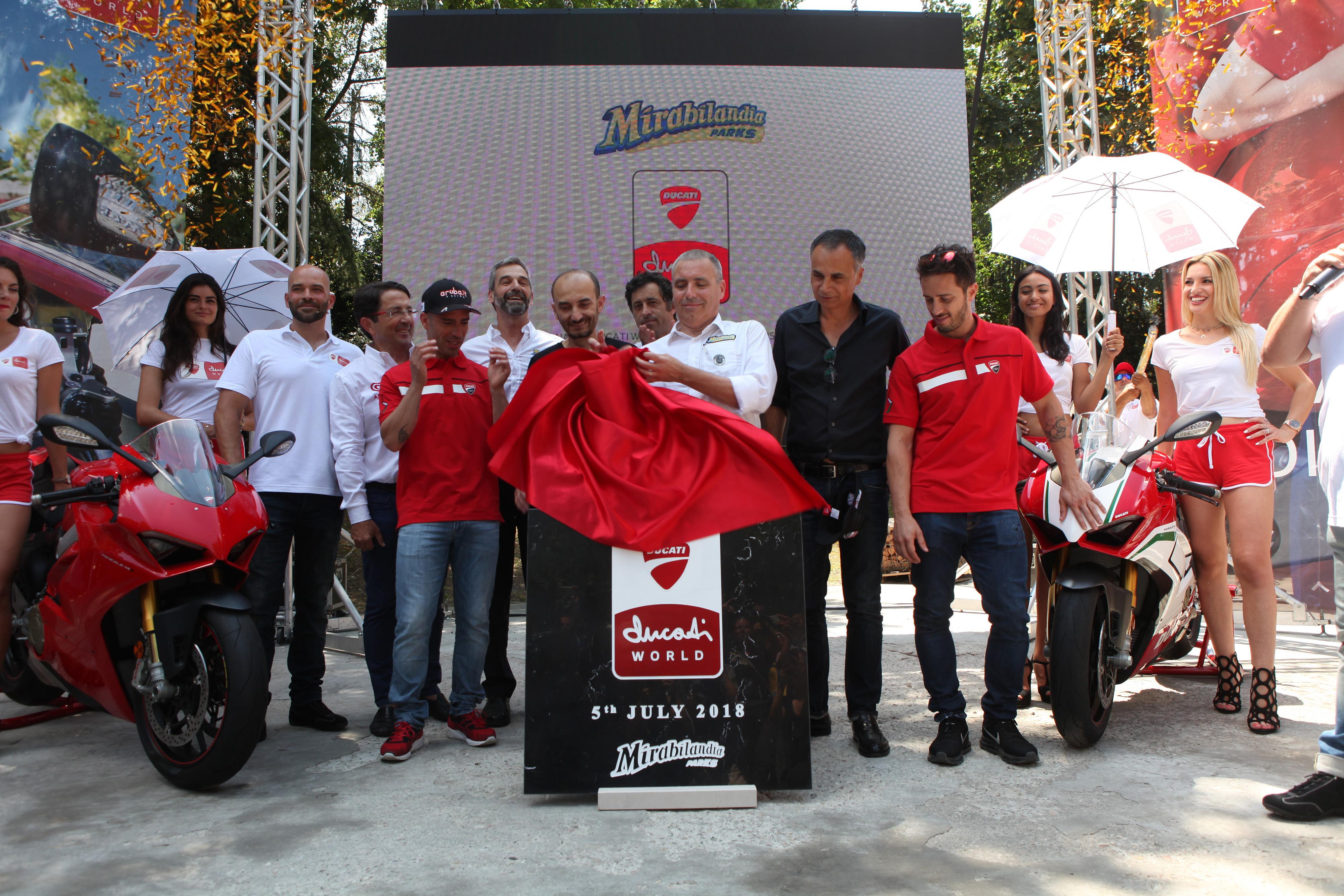 """220eb2d6369 Assente a primeira pedra do """"Ducati World"""" na Mirabilandia"""