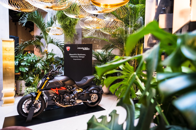 """A Ducati e a Diavel 1260 na Semana do Design de Milão com o evento """"Beautiful Boldness/Visionary Design"""""""