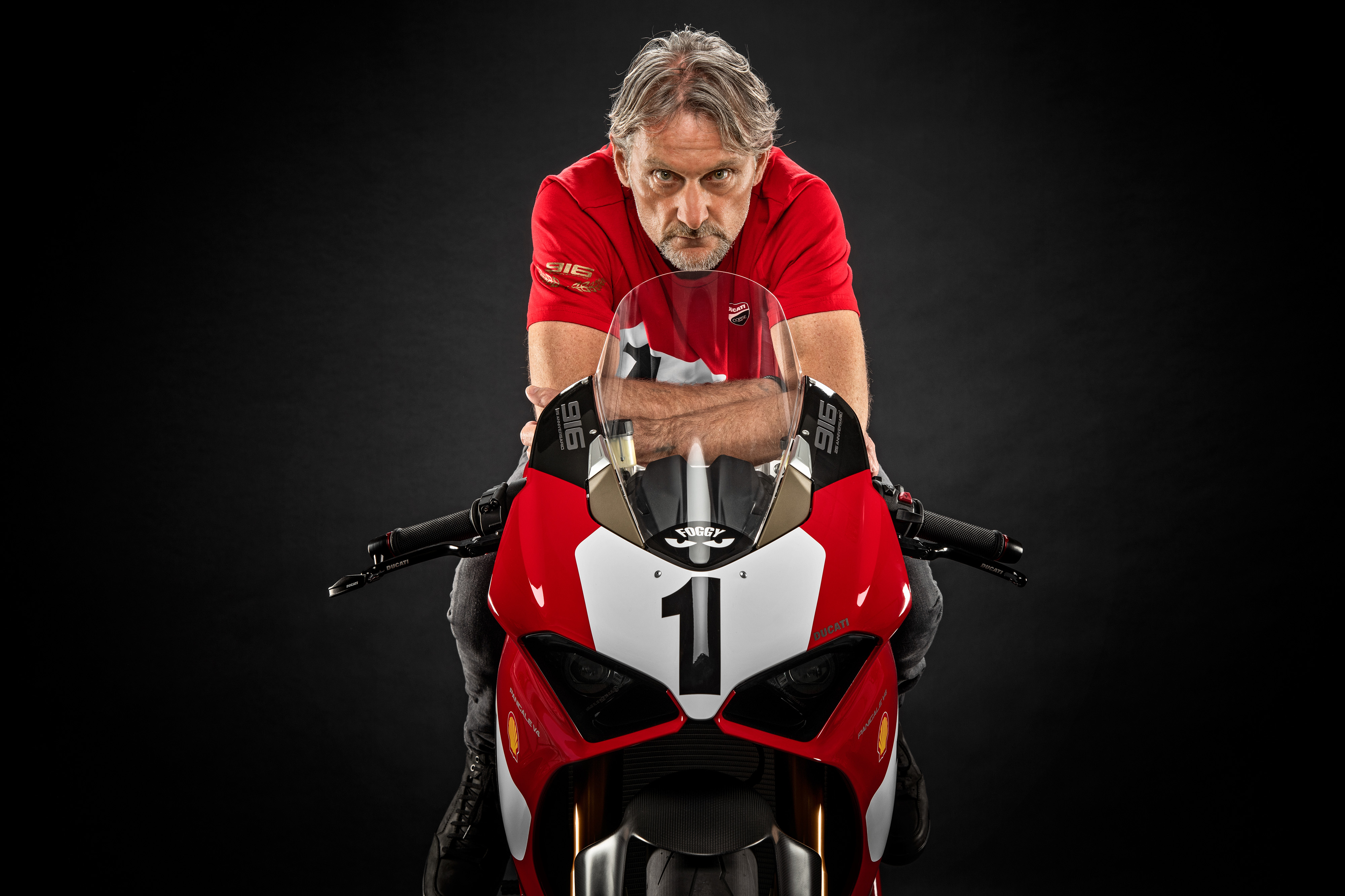 25º aniversário da Ducati 916 celebrado com edição limitada da Panigale V4