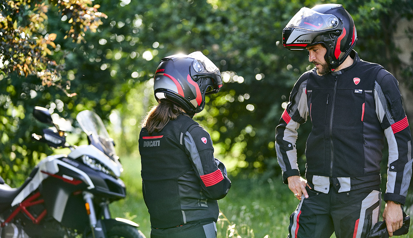 Ducati Smart Jacket: o colete com airbag para a segurança dos motociclistas
